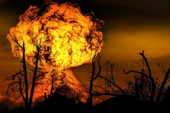 explosion-123690_1920